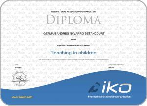gernavarro.com German A. Navarro B. Iko Instructor L3 Head instructor teaching to children Kitesurfing